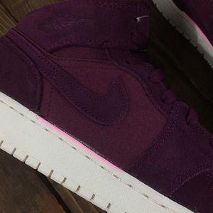 Nike Shoes - FLASH SALE Nike jordan shoes.